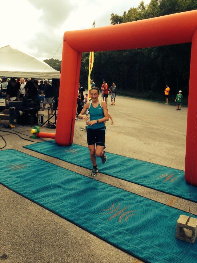 Wins Female Division of Louisville Landsharks Olympic Triathlon