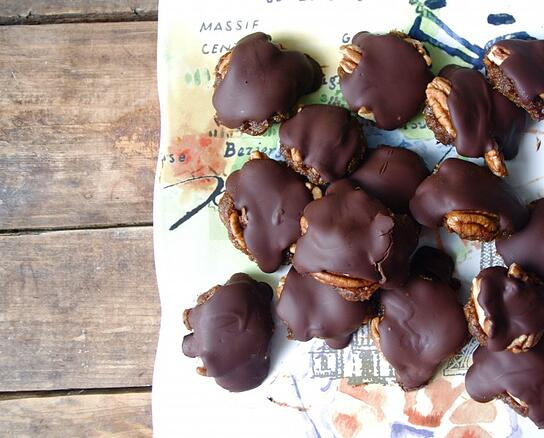 blog_post_clean_chocolate_turtles