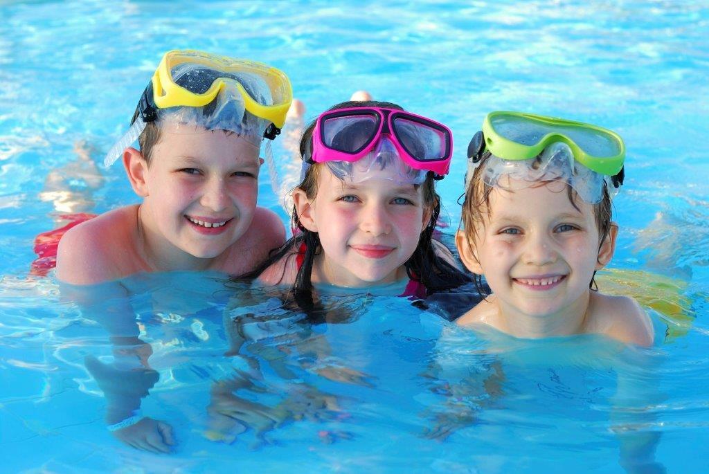 Kids_in_pool.jpg
